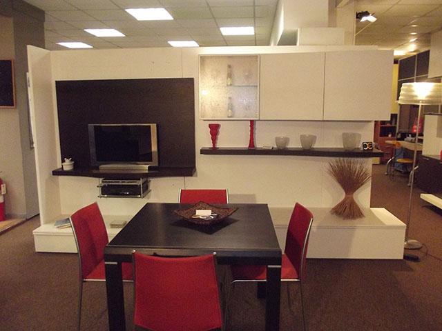 Arredamenti copreni fabbrica mobili offerte promozioni for Sedie rosse cucina